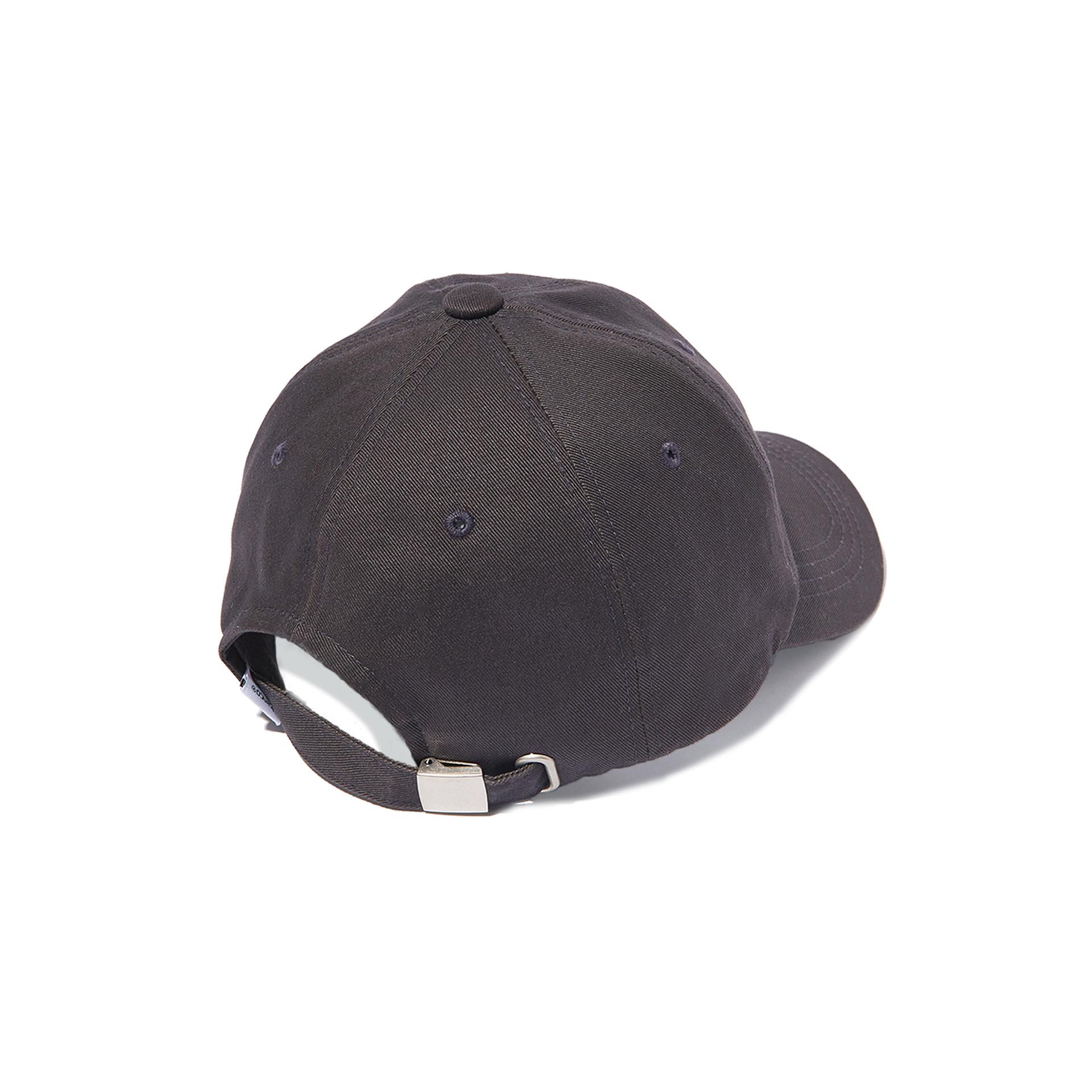 칸코(KANCO) KANCO SERIF LOGO CAP charcoal